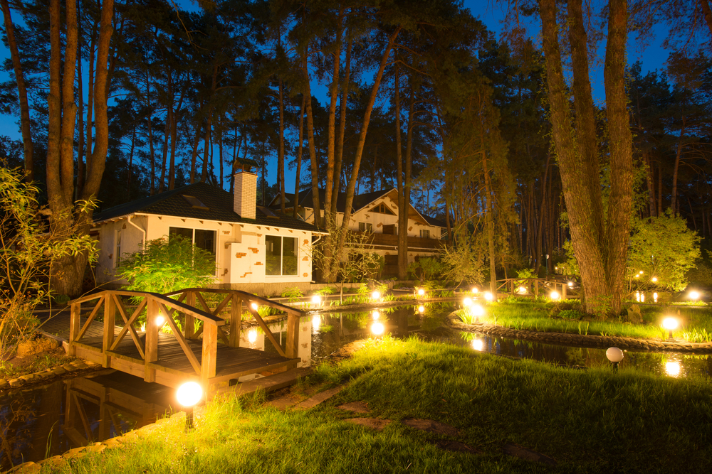 Add Garden Lighting In Shoreline To Your Backyard Oasis